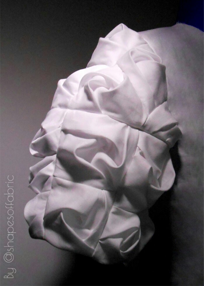 twisted drape sleeve