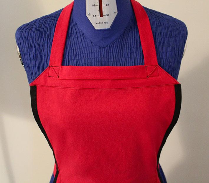 apron front detail