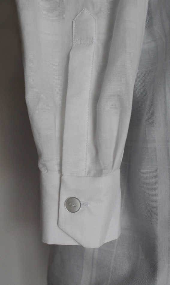 sleeve placket and -cuff